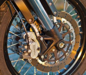 benelli leoncino trail motocykl klasyka scrambler motor-land