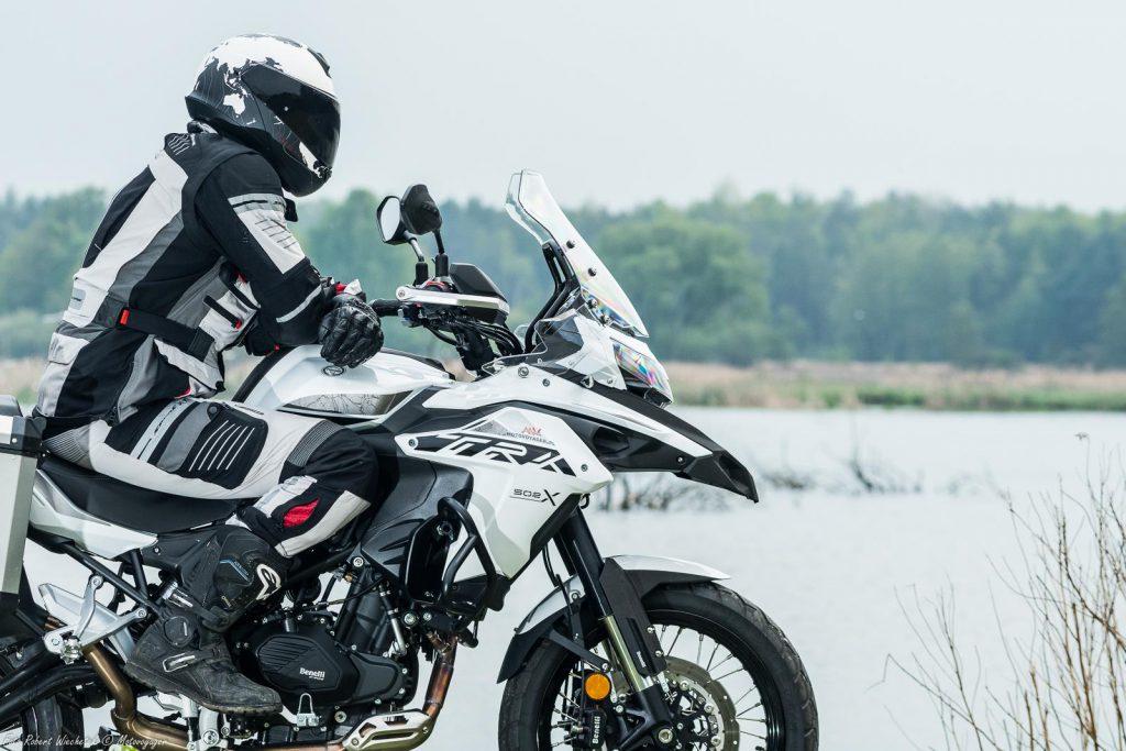 benelli trk 502x motocykl motor-land