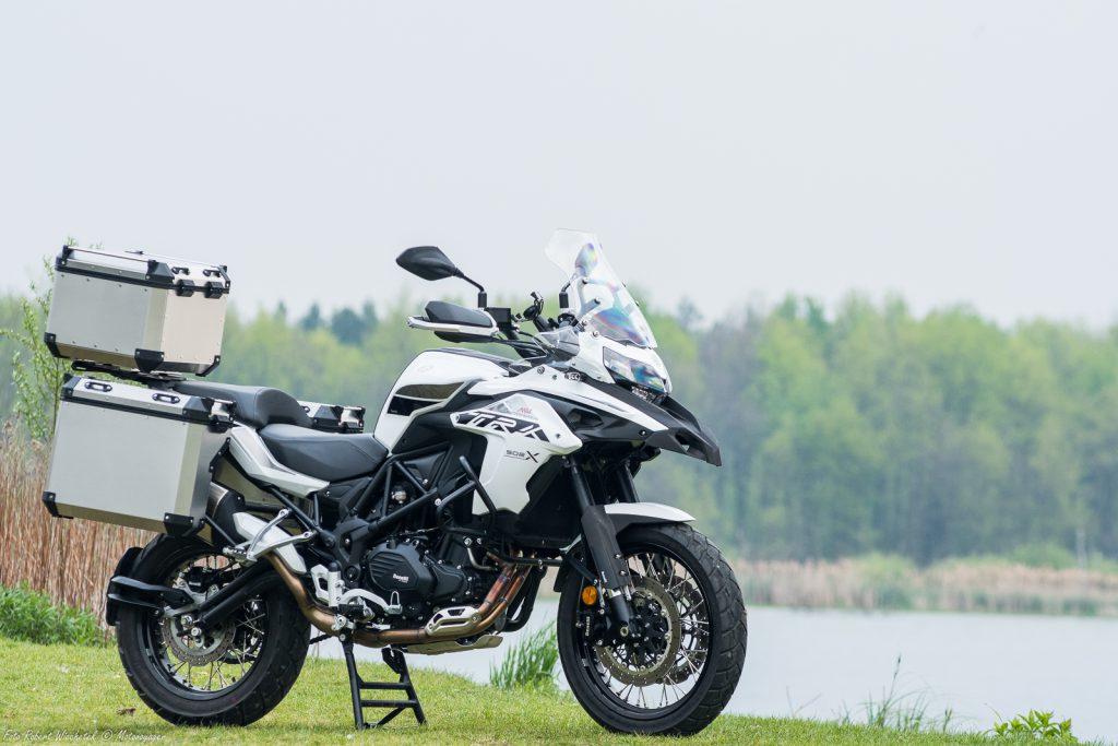 benelli trk 502 x motocykl