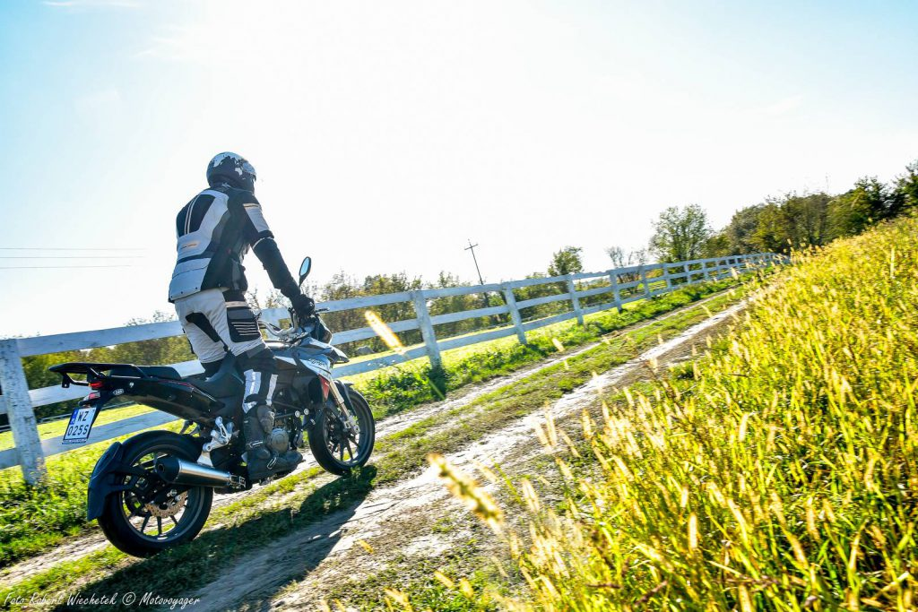 motocykl benelli trk 251 turystyczna ćwiartka adventure motor-land