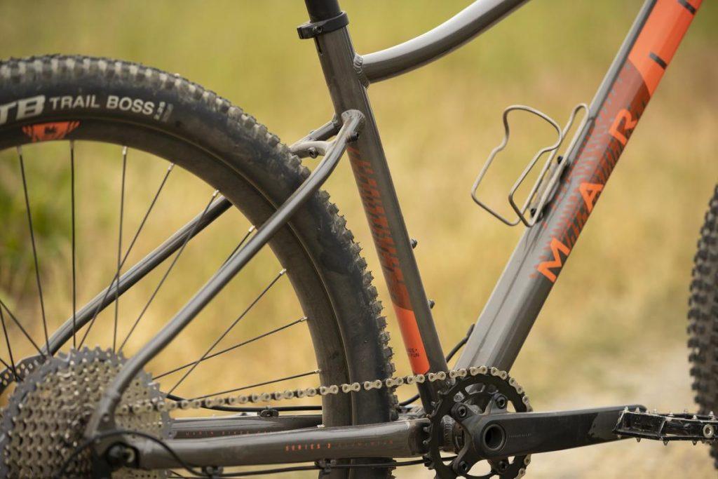 Podstawowe rowery trailowe – progresywna geometria na rozpoznanie apetytu 20