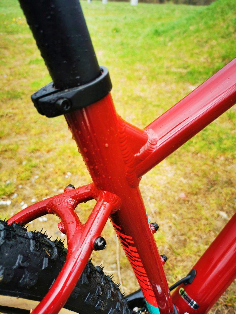 Podstawowe rowery trailowe – progresywna geometria na rozpoznanie apetytu 18