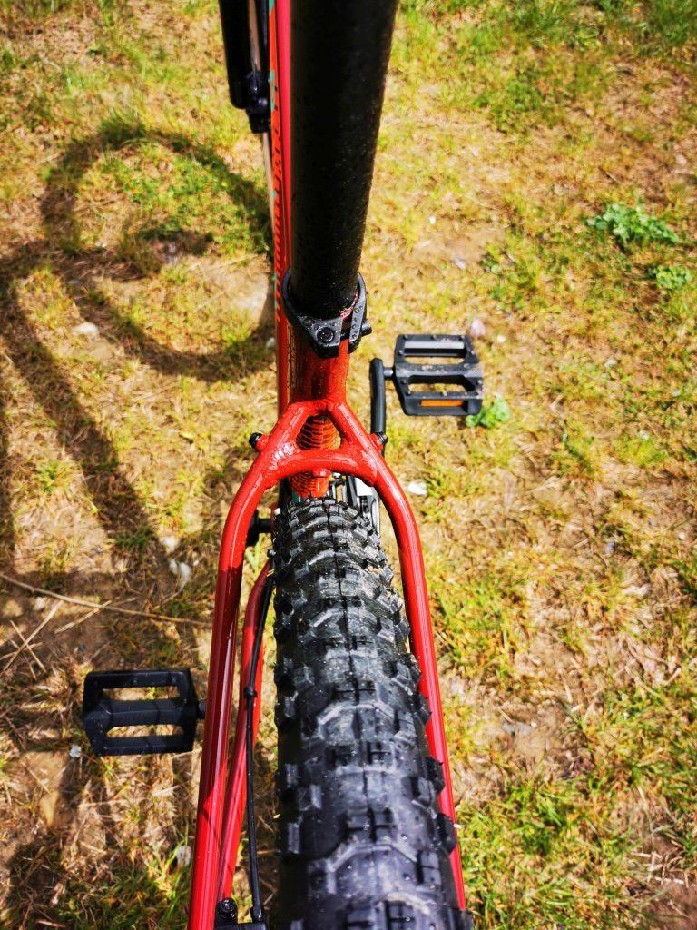 Podstawowe rowery trailowe – progresywna geometria na rozpoznanie apetytu 16