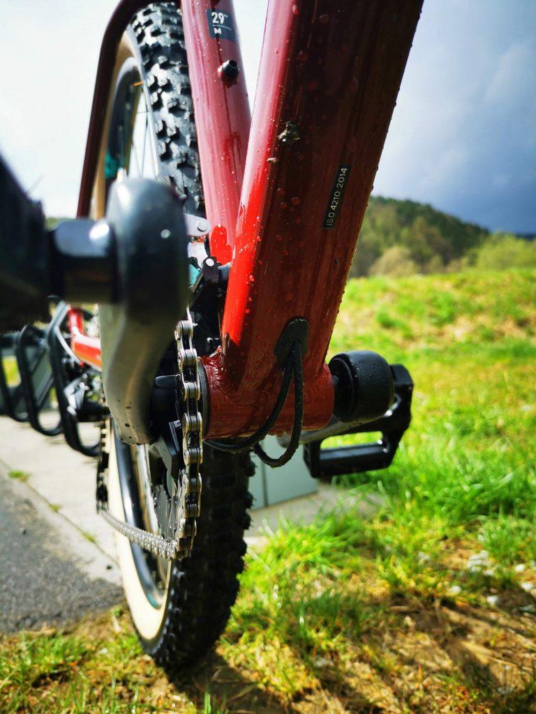 Podstawowe rowery trailowe – progresywna geometria na rozpoznanie apetytu 13