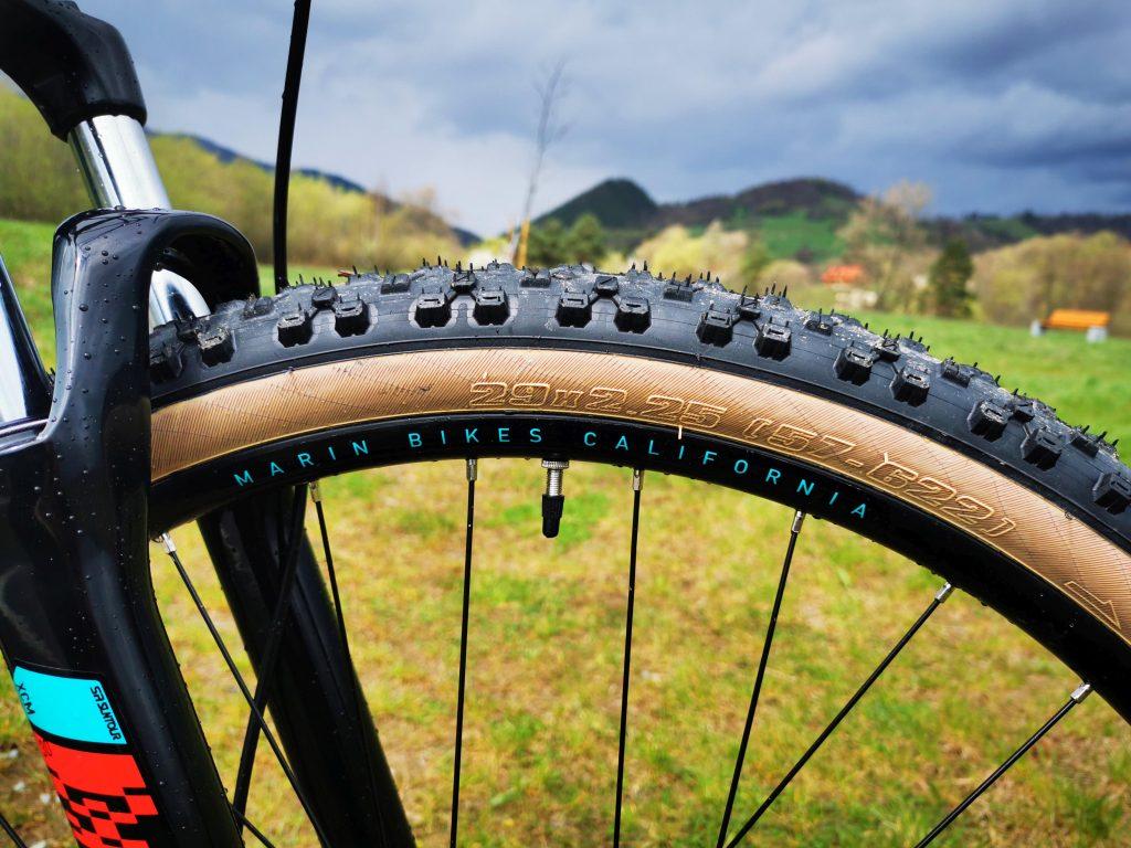 Podstawowe rowery trailowe – progresywna geometria na rozpoznanie apetytu 24