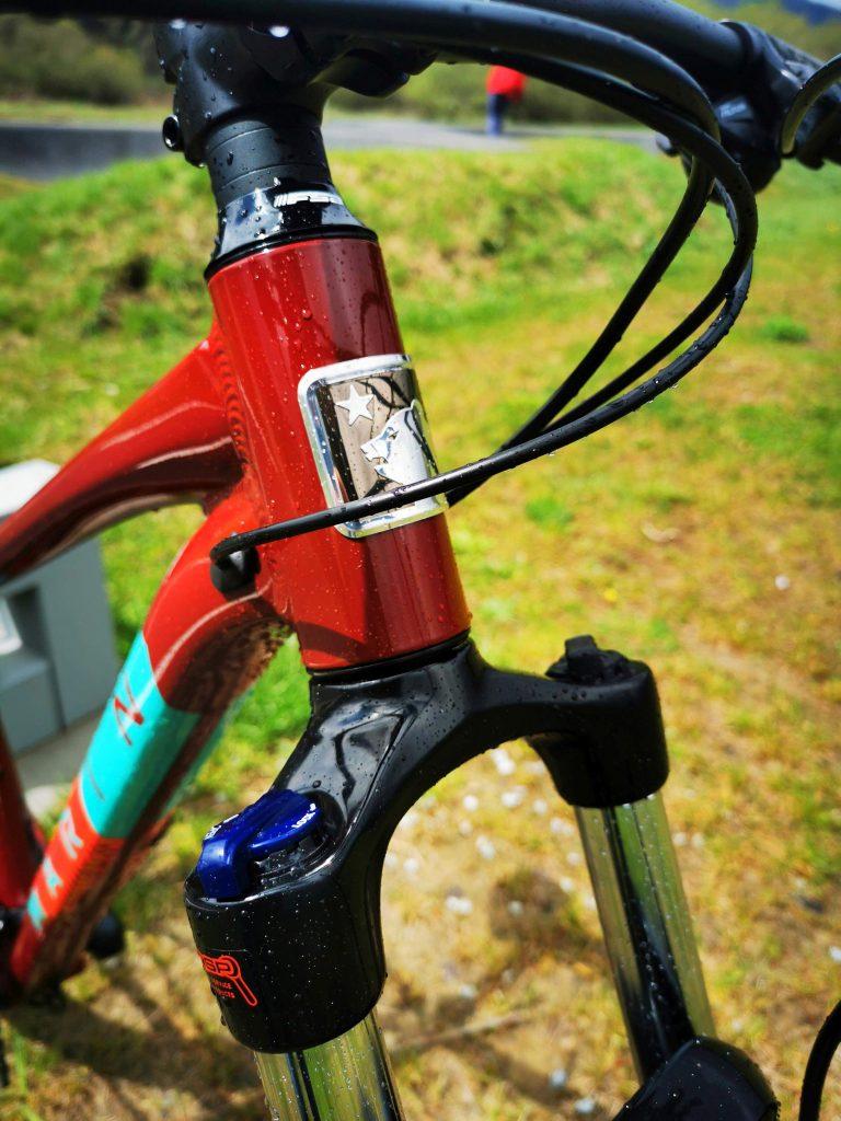 Podstawowe rowery trailowe – progresywna geometria na rozpoznanie apetytu 11