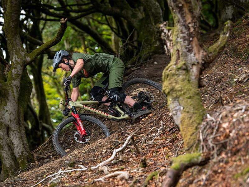 Charakterystyka zawieszenia MultiTrac w rowerach Marin Bikes | Anti-rise | Anti-squat 3