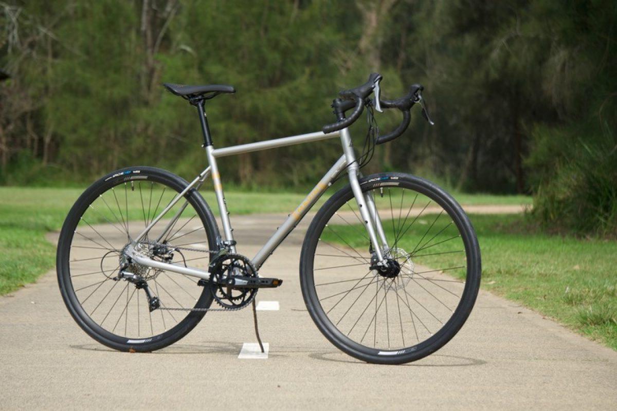 marin nicasio gravel gravel bikes marin bikes marin nicasio plus stalowy rower gravel